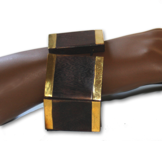 Manouk aa098-1 hout-goud