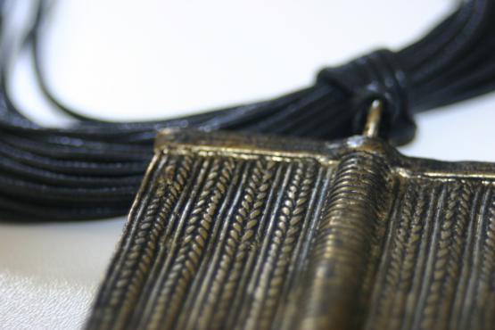 Manouk w015-1 Koperplaat Ketting