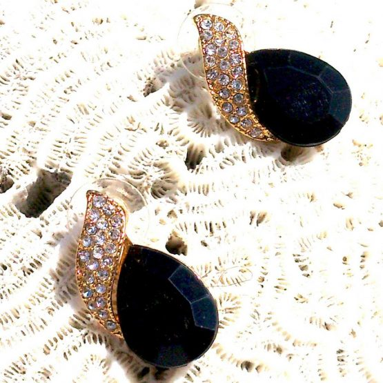 Akatara Black Oorbellen / bijoux / zwart