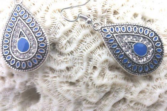 Boho Oorbellen / bijoux / earring / blue
