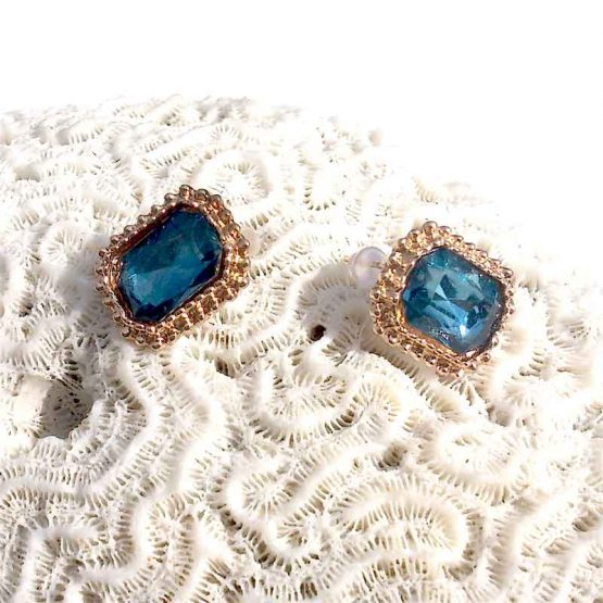 Audrey Oorbellen / bijoux / earring / budgetline / blauw