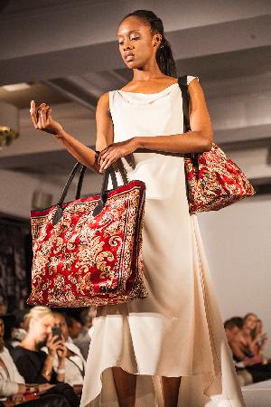 img_5575 / heirloom / carpet bags / tapijt tas / boho