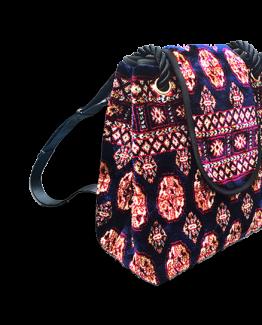 m11-248-19 / Backpack / made of carpet / tapijt tas