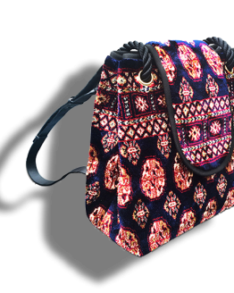 m11-248-19 / Backpack / made of carpet / tapijt tas