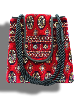m2-248-18 / Torba plus / made of carpet / tapijt tas