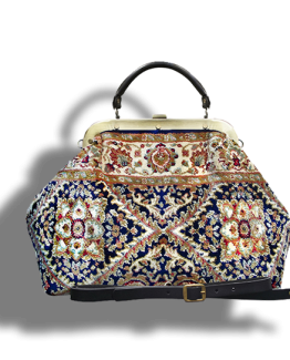 m6_566-19 / ESCULAP / made of carpet / tapijt tas