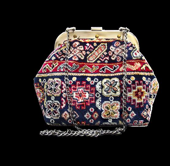 m7_436-19 / MYSTERY / made of carpet / tapijt tas
