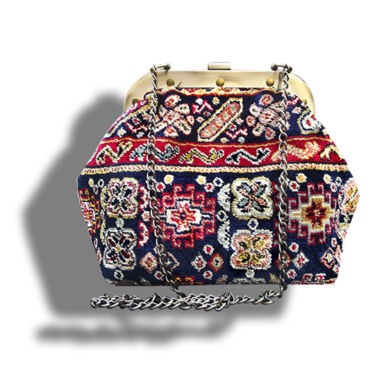 m7_436-19 / MYSTERY / made of carpet / tapijt tas