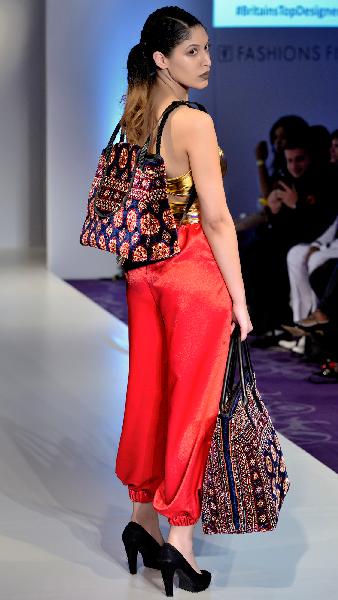 _mad9177-1 / backpack / made of carpet / tapijt tas / boho