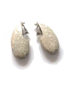 Manouk t117-1 Fragmented drop White Oorbelllen / bijoux / formal / wit - parelmoer